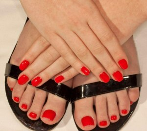 manicure_pedicure_red_large